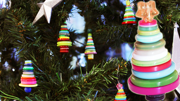 Christmas tree button baubles