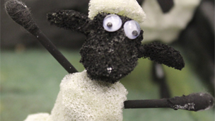 Shaun The Sheep Farmyard, tree, farmhouse, fence and stonewall