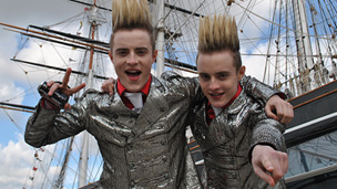 Jedward Fact Files: Greenwich