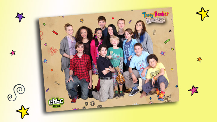 Tracy Beaker Returns characters in front of the Dumping Ground.