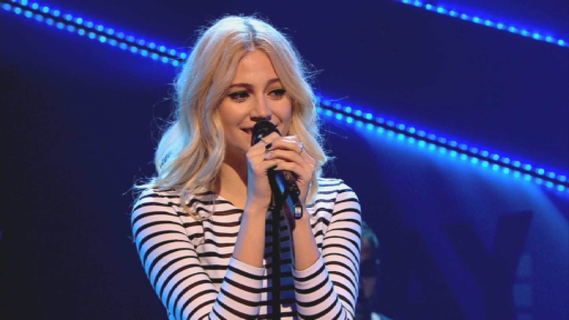 Pixie Lott performing on Friday Download.