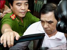 Công an Việt Nam bắt ông Huỳnh Ngọc Sỹ