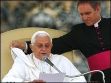 Giáo hoàng Benedict XVI