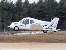 Transition durante seu primeiro voo (Foto: Terrafugia)
