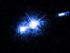 Imagem captada pelo Hubble (Foto: Nasa, Esa, Juan Madrid, Universidade McMaster, Ontario)