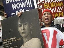 Protestas en Manila a favor de Aung San Suu Kyi