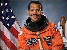 Charlie Bolden cuando era astronauta