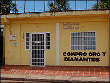 Local compra de diamantes en Santa Elena de Uairén. Fotos: Anahí Aradas.