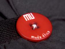 Boton de la marca MU