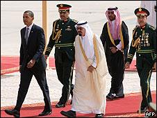 Barack Obama junto al rey Abdullah en Riyad