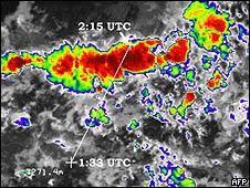 Imagen del satélite Meteosat-9 con la situación del vuelo AF 447 cuando atravesaba una tormenta.