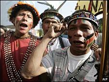 Indígenas amazónicos peruanos