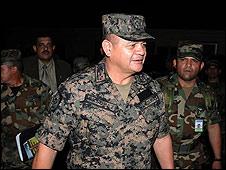 El general de las FF AA, Romero Vásquez Velásquez. Cortesía del diario La Prensa.