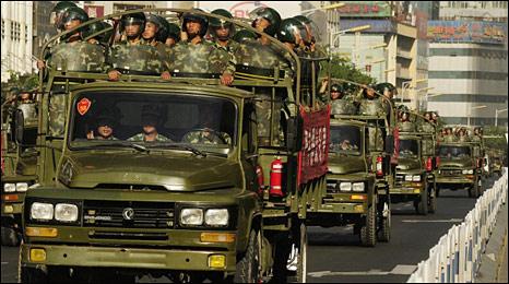 Trung Quốc tăng cường sự hiện diện an ninh tại Tân Cương