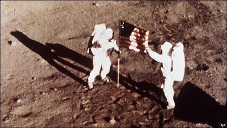 Foto original tomada por el Apolo 11