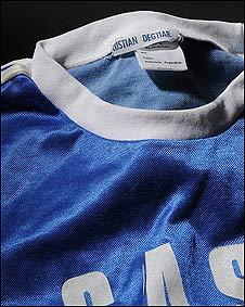 Camiseta de fútbol de Cristian