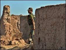 القوات الباكستانية تقتل 14 في هجوم على مسلحي طالبان 090725162205_pakistan226
