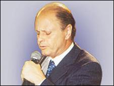 Obispo Edir Macedo.