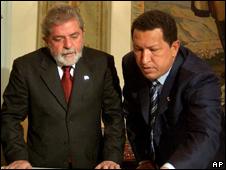 O presidente Luiz Inácio Lula da Silva e o venezuelano Hugo Chávez (AP, arquivo)