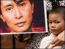 Marcha por Aung San Suu Kyi