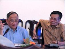 Hai tiến sỹ Lê Đăng Doanh và Nguyễn Quang A thuộc viện nghiên cứu IDS