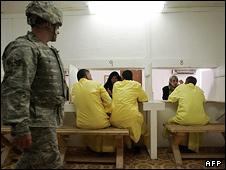 سجن امريكي في العراق (ارشيف)