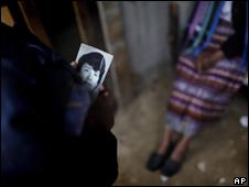 Hermana de desaparecido en Guatemala