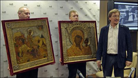 Хоругви и Игорь Возяков