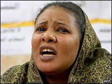 Lubna Hussein tras ser liberada