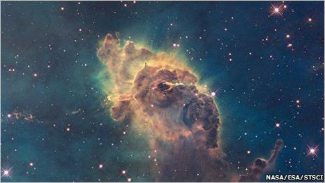 الكونيات - ومصطلحات فلكية 090910023958_hubble466266