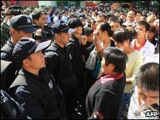 Người biểu tình ở Urumqi hôm 3/9