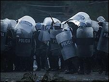 Dispersión de manifestantes en Tegucigalpa.