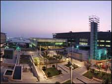 افتتاح جامعة سعودية بتكلفة عدة مليارات تسمح بالاختلاط 090923064920_saudi_university_226