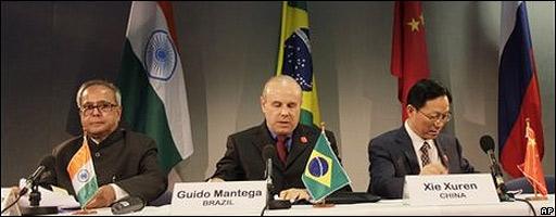 Representantes de India, Brasil y China