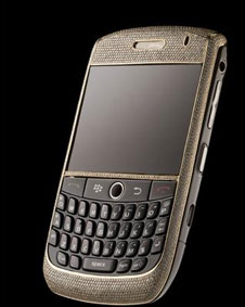 Blackberry assinado por Alexander Amosu