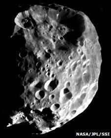 La luna Jápeto