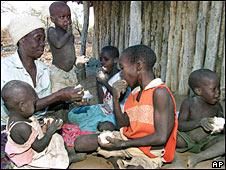 Niños desnutridos en África. Foto de archivo.