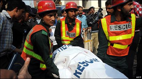 لاہور حملوں میں کئی ہلاک