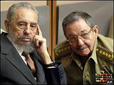 Fidel y Raúl Castro. Imagen de archivo.