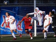 منتخب الاردن النسوي لكرة القدم يتعادل مع نظيره الفلسطيني 091027000019__226x170_b_ap