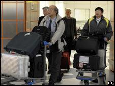 Inspectores del OIEA tras regresar a Viena