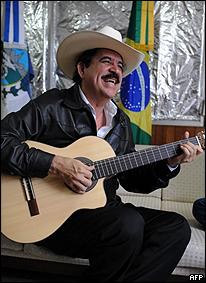 Manuel Zelaya no domingo 01/11