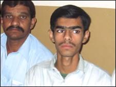 عدنان، پشاور