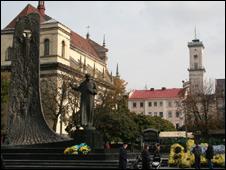 Памятник Тарасу Шевченко в Львове