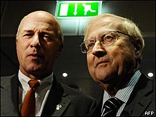 Peter Forster (Izq.) y Rainer Bruederle
