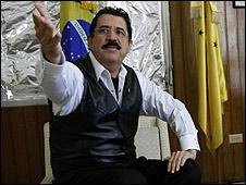 Manuel Zelaya na embaixada do Brasil em Honduras