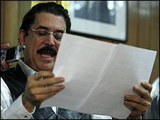 Manuel Zelaya (Foto: Archivo)