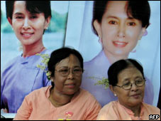 Activistas piden liberación de Aung San Suu Kyi
