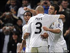 أبطال أوروبا: فوز ريال مدريد وهزيمة مفاجئة لمانشستر يونايتد 091126030307_madrid_body226