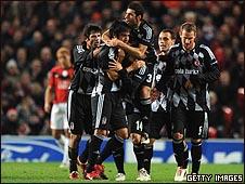 أبطال أوروبا: فوز ريال مدريد وهزيمة مفاجئة لمانشستر يونايتد 091126031033_turk_body226